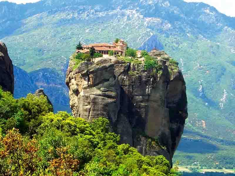 【ギリシャ】どうやって建てた!? メテオラ修道院