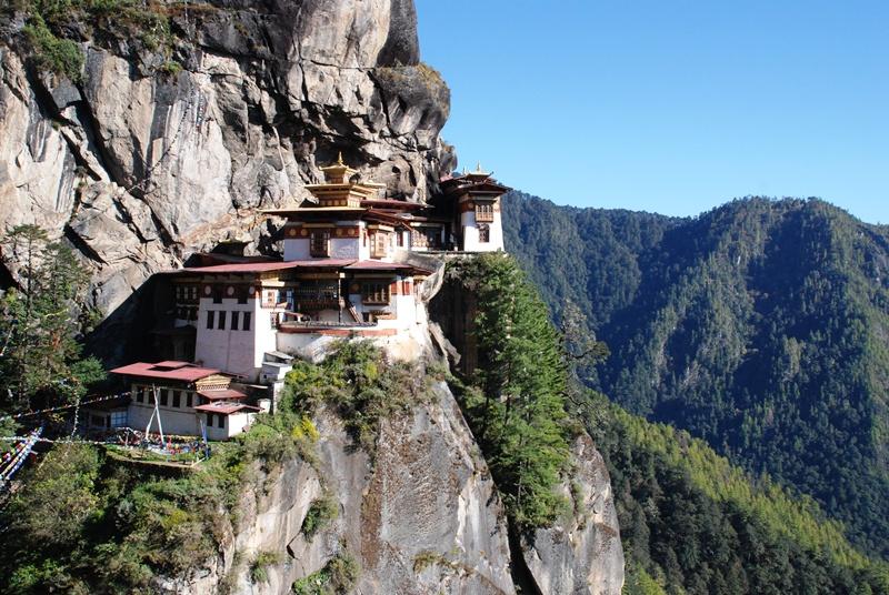 【ブータン】崖の上のタクツァン僧院